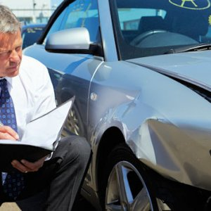 Lo que debes saber al contratar un seguro de autos